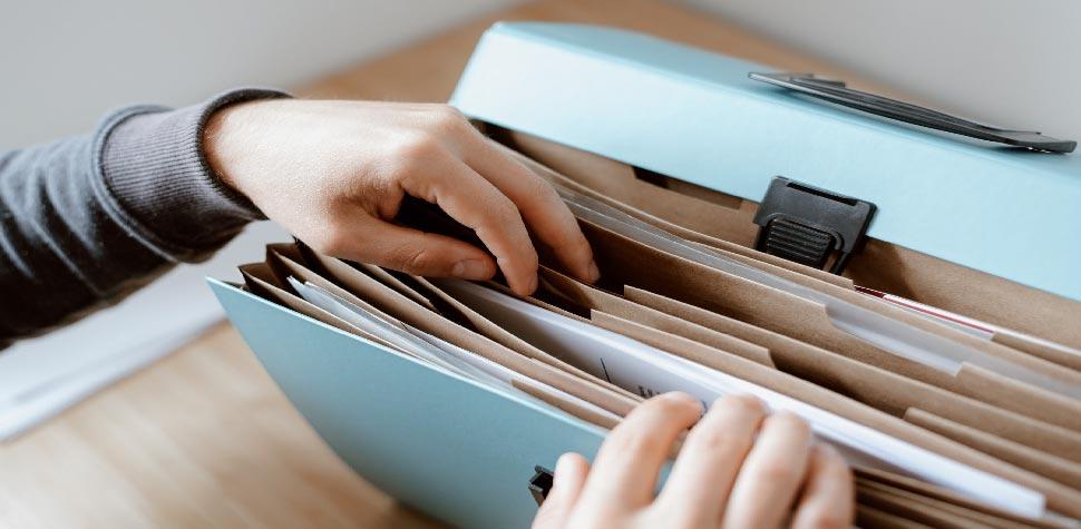Nhà tuyển dụng tìm gì trong hồ sơ xin việc của bạn